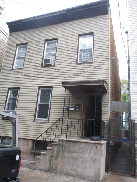 49 Hawkins St, Newark, NJ, 07105